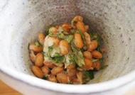 大葉とみそ風味の納豆